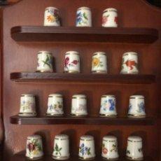 Coleccionismo de dedales: PRECIOSA COLECCIÓN DE 22 DEDALES DE PORCELANA ROYAL KENT. Lote 231772560
