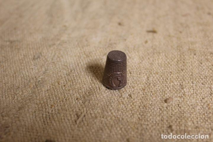 Coleccionismo de dedales: dedal de plata - Foto 4 - 240905000