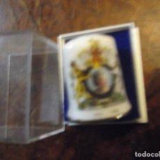 Coleccionismo de dedales: DEDAL PORCELANA DE REINO UNIDO 2002 , COLECCIÓN VINTAGE PRIVADA. Lote 259939845