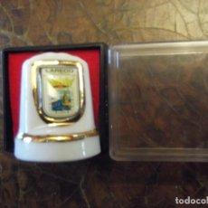 Coleccionismo de dedales: DEDAL GRANDE PORCELANA DE LAREDO , COLECCIÓN VINTAGE PRIVADA. Lote 259940650