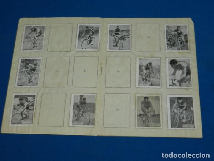 Coleccionismo deportivo: ALBUM ASES DEL PEDAL CORRIENDO HACIA LA META , EXCLUSIVAS TRIUNFO , FALTAN 28 CROMOS - Foto 3 - 120626687