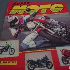Coleccionismo deportivo: ÁLBUM SUPER MOTO FALTAN UNOS 40 CROMOS Y ALGUNOS LOGOS CONTIENE LA PUBLICIDAD CENTRAL VER FOTOS. Lote 132331695