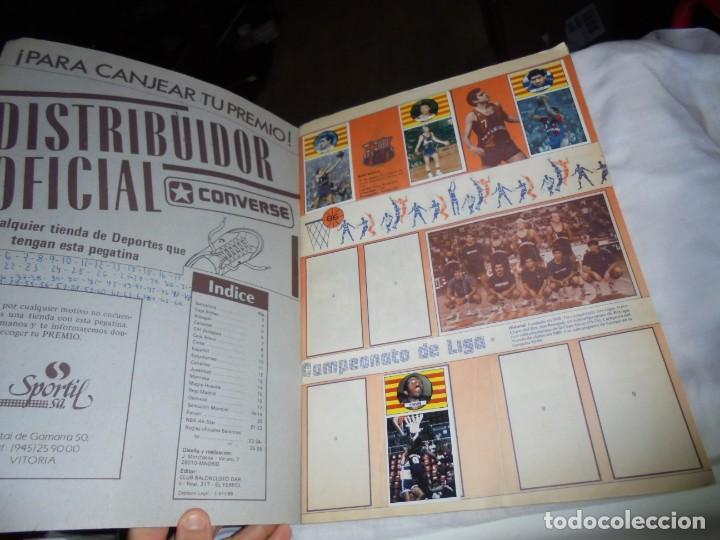 Coleccionismo deportivo: ALBUM CAMPEONATO DE LIGA BALONCESTO 1986-1987 INCOMPLETO FALTAN 112 DE 206 - Foto 2 - 136745494