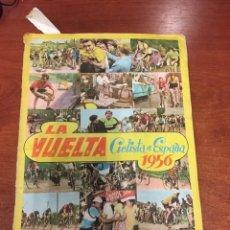 Coleccionismo deportivo: ÁLBUM LA VUELTA CICLISTA A ESPAÑA 1956 FHER COMPLETO. Lote 141047052