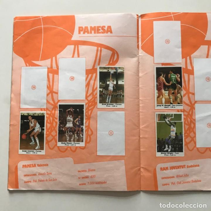 Coleccionismo deportivo: 1989 Álbum de cromos de baloncesto. Contiene 40 de 149 cromos. Basket ACB. Bollycao 23x31 cm - Foto 4 - 159378086