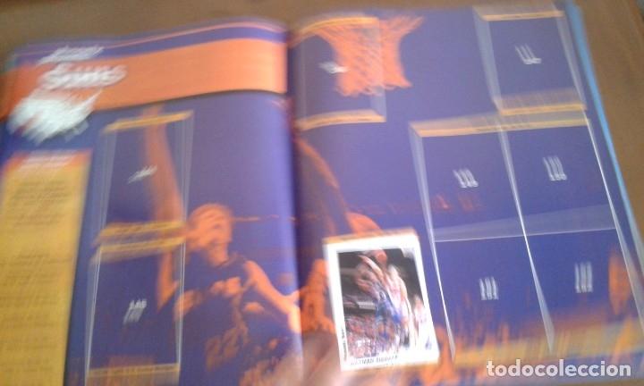 Coleccionismo deportivo: ALBUM BASKETBALL USA 94 95 INCOMPLETO 23 CROMOS - Foto 4 - 173012044