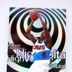Coleccionismo deportivo: TRADING CARD BASKETBALL NBA HOOPS HIGH VOLTAGE HV18. SHAWN KEMP. SKYBOX, 1998. Lote 176581198
