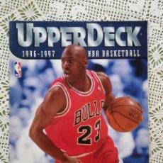 Coleccionismo deportivo: UPPER DECK 1996-1997 ALBUM VACÍO PLANCHA CON MICHEL JORDAN EN LA PORTADA - EXCELENTE EDTADO. Lote 185775958
