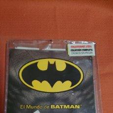Collezionismo sportivo: ALBUM COMPLETO EL MUNDO DE BATMAN PANINI TODOS LOS CROMOS SON NUEVOS STICKER ALBUM. Lote 218199361