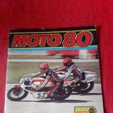 Coleccionismo deportivo: ÁLBUM DE CROMOS MOTO 80 CON 30 CROMOS AÑO 1977 EDICIONES ESTE. Lote 204549216