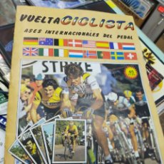 Coleccionismo deportivo: ÁLBUM VUELTA CICLISTA ASES INTERNACIONALES DEL PEDAL 1983/84 LE FALTAN 19 CROMOS. Lote 205299875