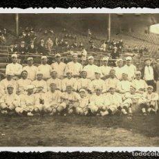 Coleccionismo deportivo: BABE RUTH—1916 BOSTON RED SOX TEAM PHOTO. Lote 211449900