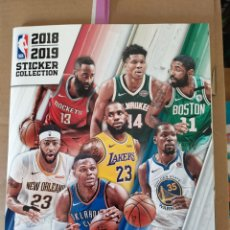 Coleccionismo deportivo: LUCA DONCIC ( ROOKIE ) NBA STICKER COLLECTION 2018/19 ÁLBUM COMPLETO. Lote 220126566