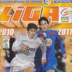Coleccionismo deportivo: ÁLBUM LIGA 2010-2011. ESTE. MUY BIEN CONSERVADO, CON SOLO 28 CROMOS. Lote 220475518