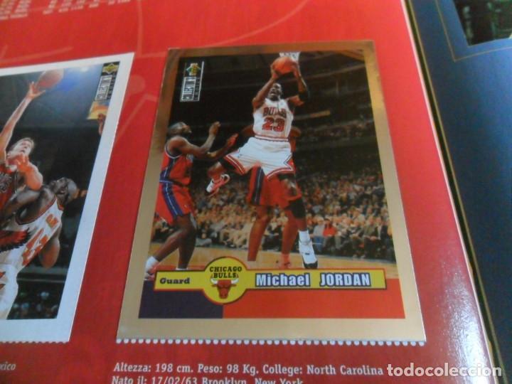 CON CROMO DE MICHAEL JORDAN 1996 1997 NBA BASKETBALL STICKER ALBUM INCOMPLETO. UPPER DECK. BE. RARO. (Coleccionismo Deportivo - Álbumes otros Deportes)
