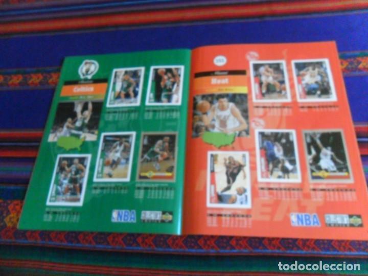 Coleccionismo deportivo: CON CROMO DE MICHAEL JORDAN 1996 1997 NBA BASKETBALL STICKER ALBUM INCOMPLETO. UPPER DECK. BE. RARO. - Foto 8 - 228562430