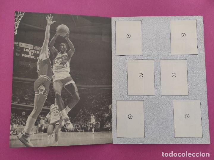 Coleccionismo deportivo: COLECCION COMPLETA SIN PEGAR ALBUM VACIO 100 CROMOS GIGANTES BASKET MUNDIAL 1989 NBA JORDAN STICKERS - Foto 4 - 262929470