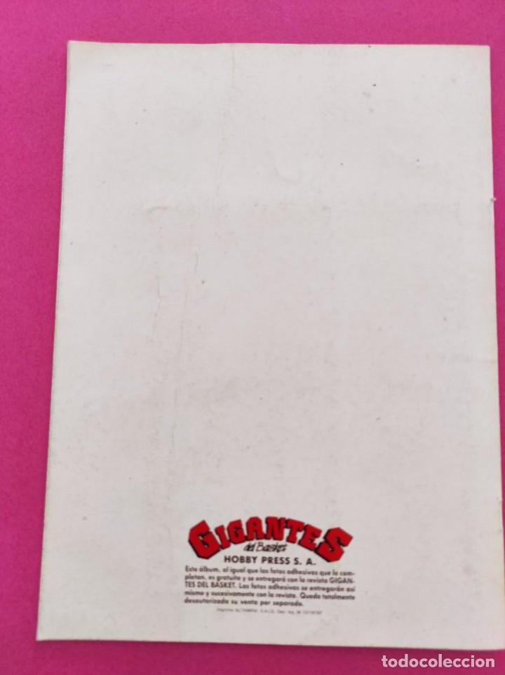 Coleccionismo deportivo: COLECCION COMPLETA SIN PEGAR ALBUM VACIO 100 CROMOS GIGANTES BASKET MUNDIAL 1989 NBA JORDAN STICKERS - Foto 13 - 262929470