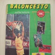 Coleccionismo deportivo: ALBUM COMPLETO BALONCESTO 1988 CROMOS LIGA ACB 87/88 NBA 2 JORDAN STICKER BASKET MERCHANTE CONVERSE. Lote 273721298
