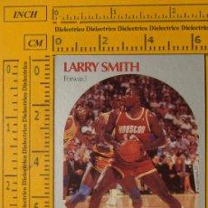 Coleccionismo deportivo: FICHA DE BALONCESTO. LARRY SMITH. 128. HOUSTON ROCKETS. NBA. TEMPORADA 1990. NBA HOOPS. . Lote 11118267