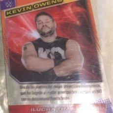 Coleccionismo deportivo: WWE PANINI. COLECCIÓN 2015. TRADING CARD Nº 82: KEVIN OWENS. DE PLÁSTICO. DISTINTA EN CADA CARA.. Lote 72488931