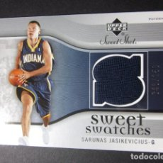 Coleccionismo deportivo - SARUNAS JASIKEVICIUS 048/250 SWEET SHOT SWEET SWATCHES 2005 06 UPPER DECK CROMO TRADING CARD NBA - 73054295