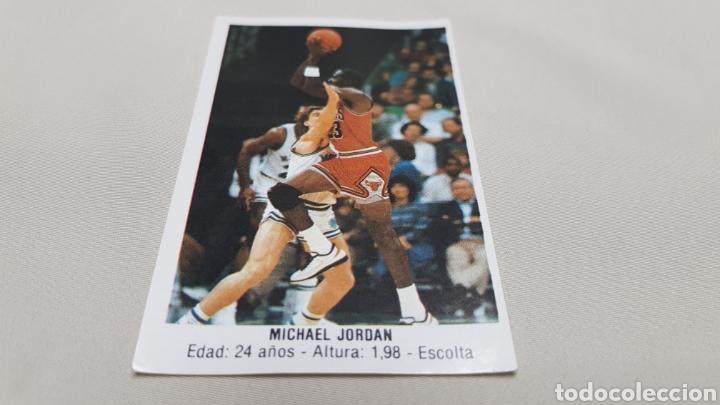 Coleccionismo deportivo: Michael jordan, n°146, cromo sticker gigantes del basket converse 87/88 nunca pegado - Foto 2 - 142832294