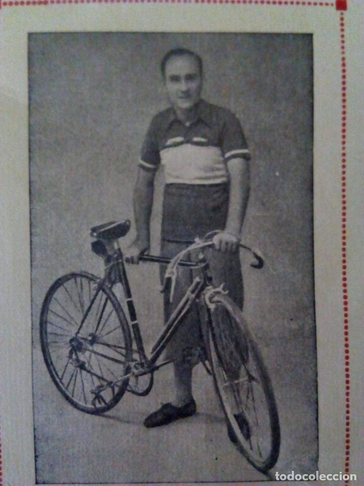 Coleccionismo deportivo: Ciclismo. Cromo Tarjeta de Benito, Campeón de Extremadura desde 1938 a 1947. - Foto 2 - 174993098