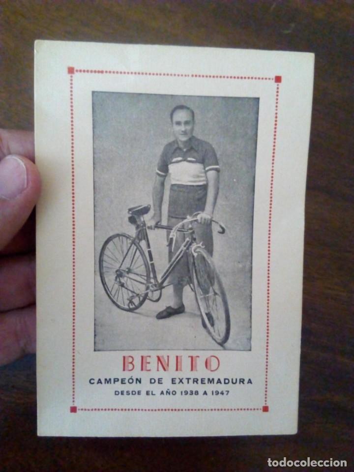 Coleccionismo deportivo: Ciclismo. Cromo Tarjeta de Benito, Campeón de Extremadura desde 1938 a 1947. - Foto 4 - 174993098