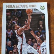 Coleccionismo deportivo: GIANNIS ANTETOKOUNMPO 71 NBA PANINI HOOPS 2015-16 MILWAUKEE BUCKS. Lote 199400425