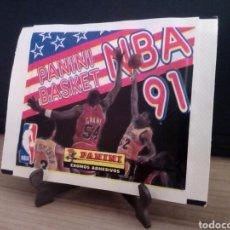 Coleccionismo deportivo: UNICO EN INTERNET IMPOSIBLE DE ENCONTRAR SOBRE CROMOS CERRADO SIN ABRIR PANINI NBA 91 NUEVO. BASKET. Lote 205204305