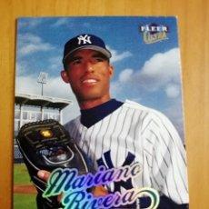 Coleccionismo deportivo: CROMO - NÚMERO 136 - BEISBOL - MLBPA - AÑO 1999 FLEER ULTRA - MARIANO RIVERA. Lote 288297233