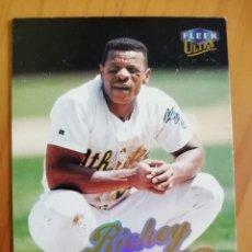 Coleccionismo deportivo: CROMO NÚMERO 170 - BEISBOL - MLBPA - AÑO 1999 FLEER ULTRA - RICKEY HENDERSON. Lote 288706588