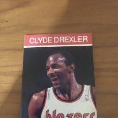 Coleccionismo deportivo: NBA HOOPS LIBRITO TOM CHAMBERS 1990 CLYDE DREXLER #3. Lote 295720933