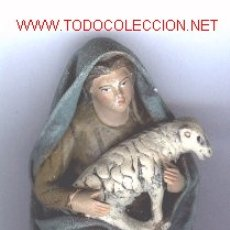 Figuras de Belén: FIGURA DE BELEN, PESEBRE, DE BARRO, HECHA A MANO. PASTORA.. Lote 16417016