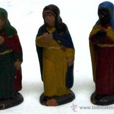 Figurines pour Crèches de Noël: 3 PAJES BARRO BELÉN TERRACOTA AÑOS 40. Lote 30063455