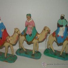 Figuras de Belén: ANTIGUAS FIGURAS DE BELEN DE TERRACOTA. Lote 25004371