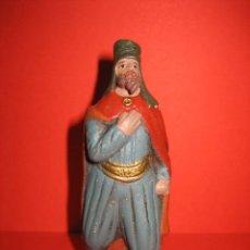 Figuras de Belén: FIGURA DE BELEN PAJE DE BARRO. Lote 29081319