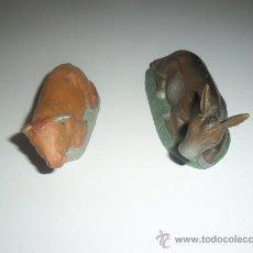 Figuras de Belén: FIGURAS DE BELEN EN BARRO ANTIGUAS MULA Y BUEY. Lote 30584934