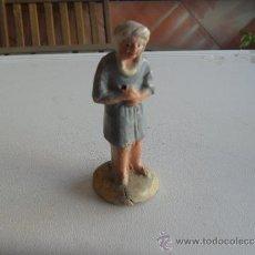 Figuras de Belén: FIGURA DE BELEN EN BARRO O TERRACOTA. Lote 32384292