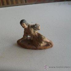 Figuras de Belén: FIGURA DE BELEN EN BARRO O TERRACOTA. Lote 32384359