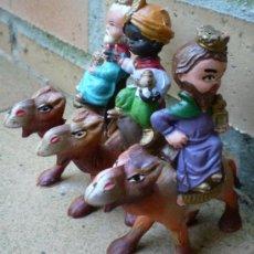 Figuras de Belén: LOS 3 REYES MAGOS DE PLÁSTICO. Lote 32557000