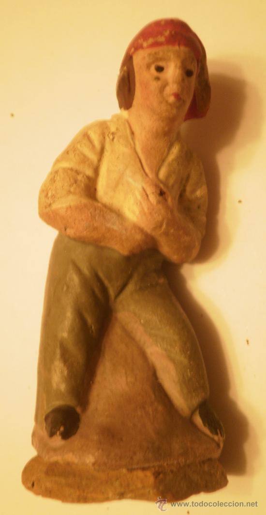 FIGURA BELEN-PESEBRE PASTOR CATALAN PESCANDO ANTIGUO (Coleccionismo - Figuras de Belén)