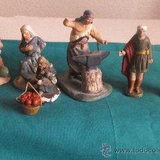 Figuras de Belén: 8 FIGURAS BELEN PESEBRE TERRACOTA ORTIGAS ,PASTOR SOLDADO HERRERO,PAJE. Lote 34902376