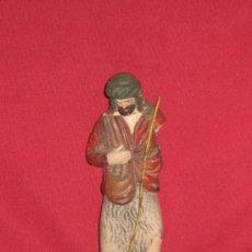 Figuras de Belén: FIGURA DE UN PASTOR DE BARRO PARA EL BELEN - DECORARTE - RESTAURAR - 14 CM. Lote 38589859