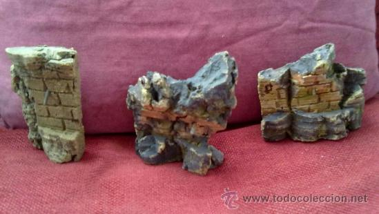 CONJUNTO DE TRES FUENTES PARA BELEN-PESEBRE EN CORCHO. ANTIGUAS AÑOS 40-50 (Coleccionismo - Figuras de Belén)