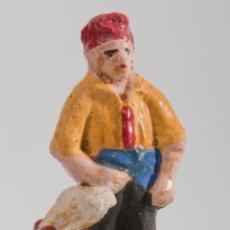 Figuras de Belén: FIGURA DE BELEN O PESEBRE EN TERRACOTA, PERSONAJE CON GALLINA. Lote 39593286
