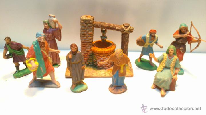 a4845eca93e Lote 35 figuras de plastico y accesorios de pes - Vendido en Venta ...