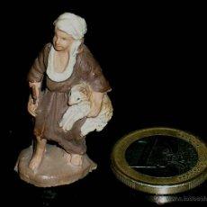 Figuras de Belén: FIGURA PASTOR CON OVEJA, BELÉN BELENISMO, BARRO O TERRACOTA, AÑOS 50. .. Lote 40540956