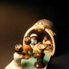 Figuras de Belén: BELÉN CON REYES MAGOS. MATERIAL BARRO. . Lote 40754191
